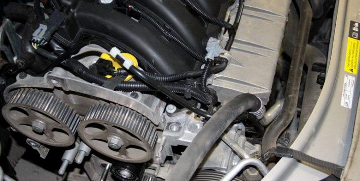 Механизм ГРМ со снятым ремнем Nissan Almera