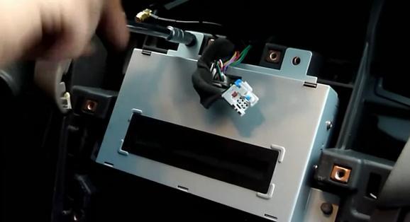 Автомагнитола на шевроле круз