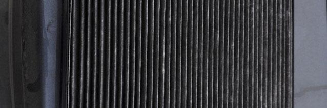 Грязный салонный фильтр на Хендай Солярис