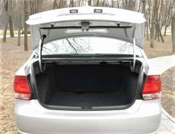 Открыть багажник VW