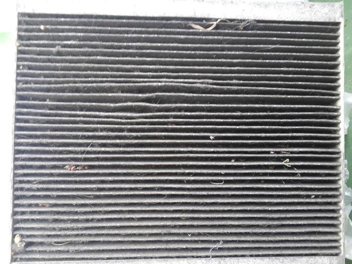 Салонный фильтр грязный Рено затруднено движение воздуха