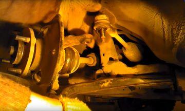 Демонтаж рулевой тяги