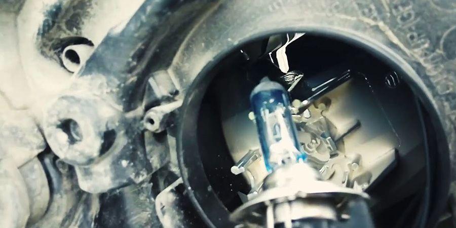 Выводы по замене ламп ближнего света и габаритных огней в Ford Focus 2