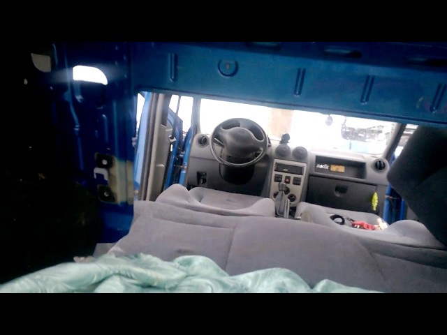 Снять заднее сиденье (спинку) рено логан.