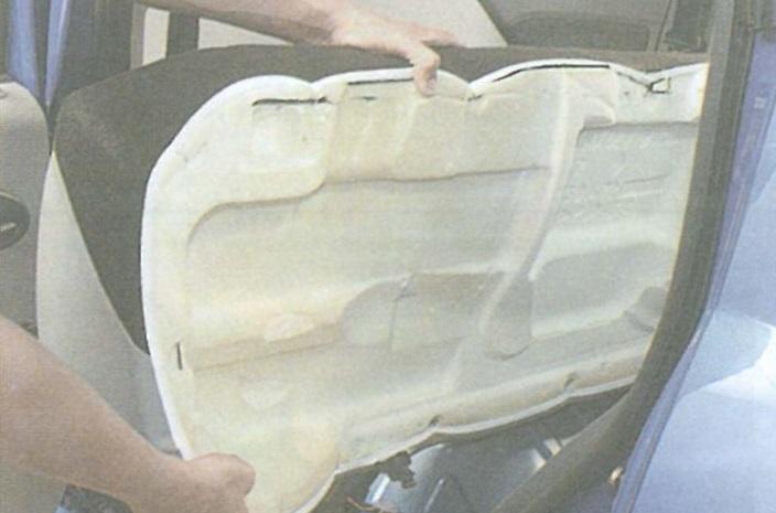 Задняя подушка Рено Логан