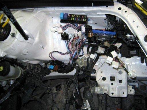 Toyota Camry XV50 - Сгорело интегрированное реле и проводка под капотом