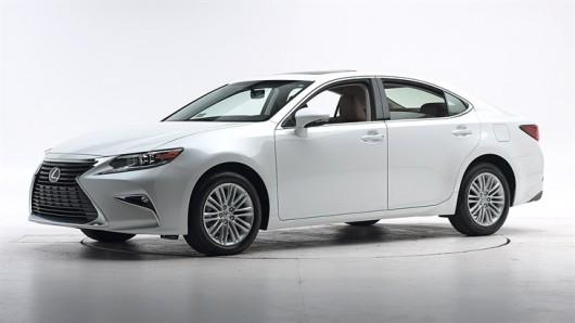 Краш-тесты 2016 Lexus ES 350