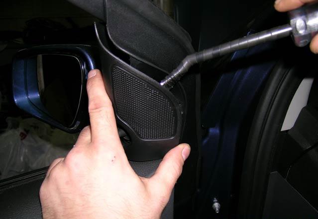 Снимаем обшивку двери Форд Фокус 2 своими руками